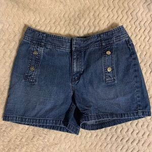 Super cute Tommy Hilfiger shorts size 2